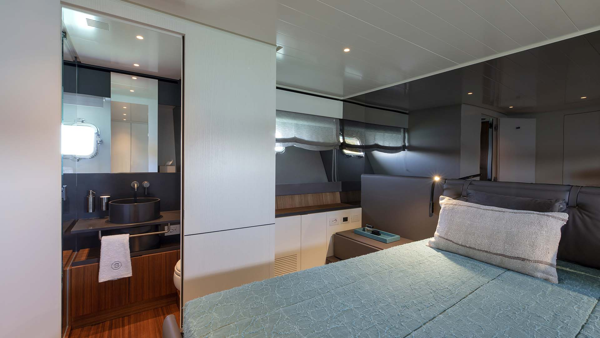 Bgx70_0000_20 BGX70#01 vip cabin